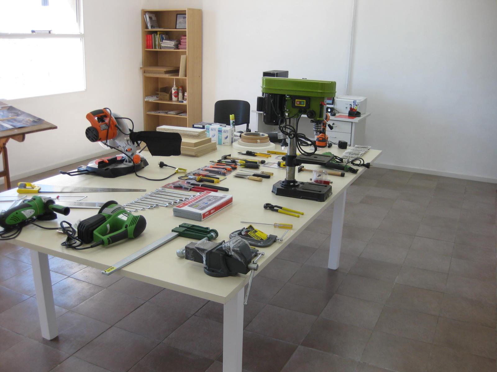 Se Inaugur El Primer Centro Tecnol Gico Del Mueble Del Pa S # Muebles Caon Canada De Gomez