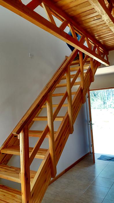 escalera vivienda chaviyu